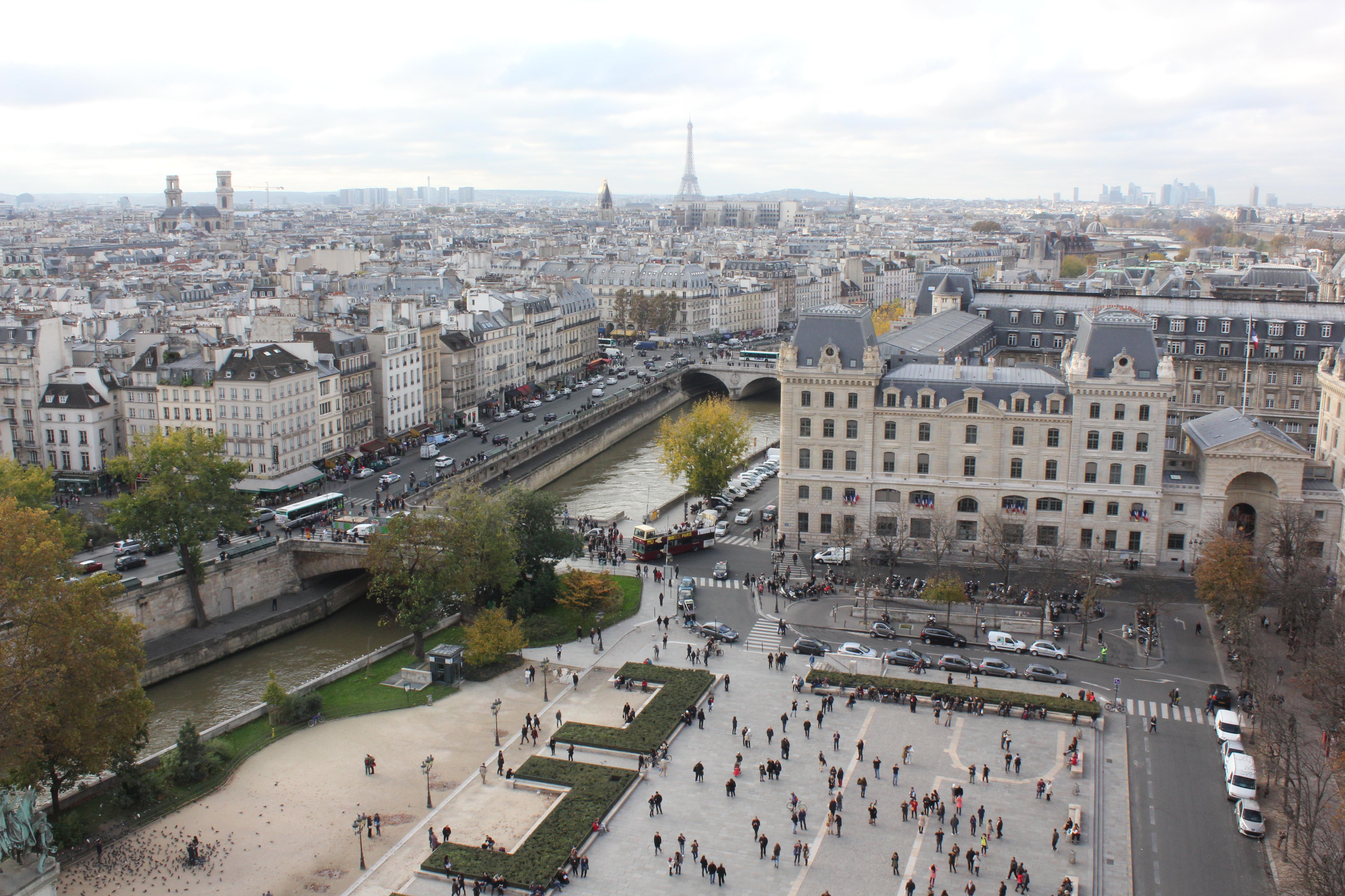 Pariser-Panorama-©-Karin-Lachmann