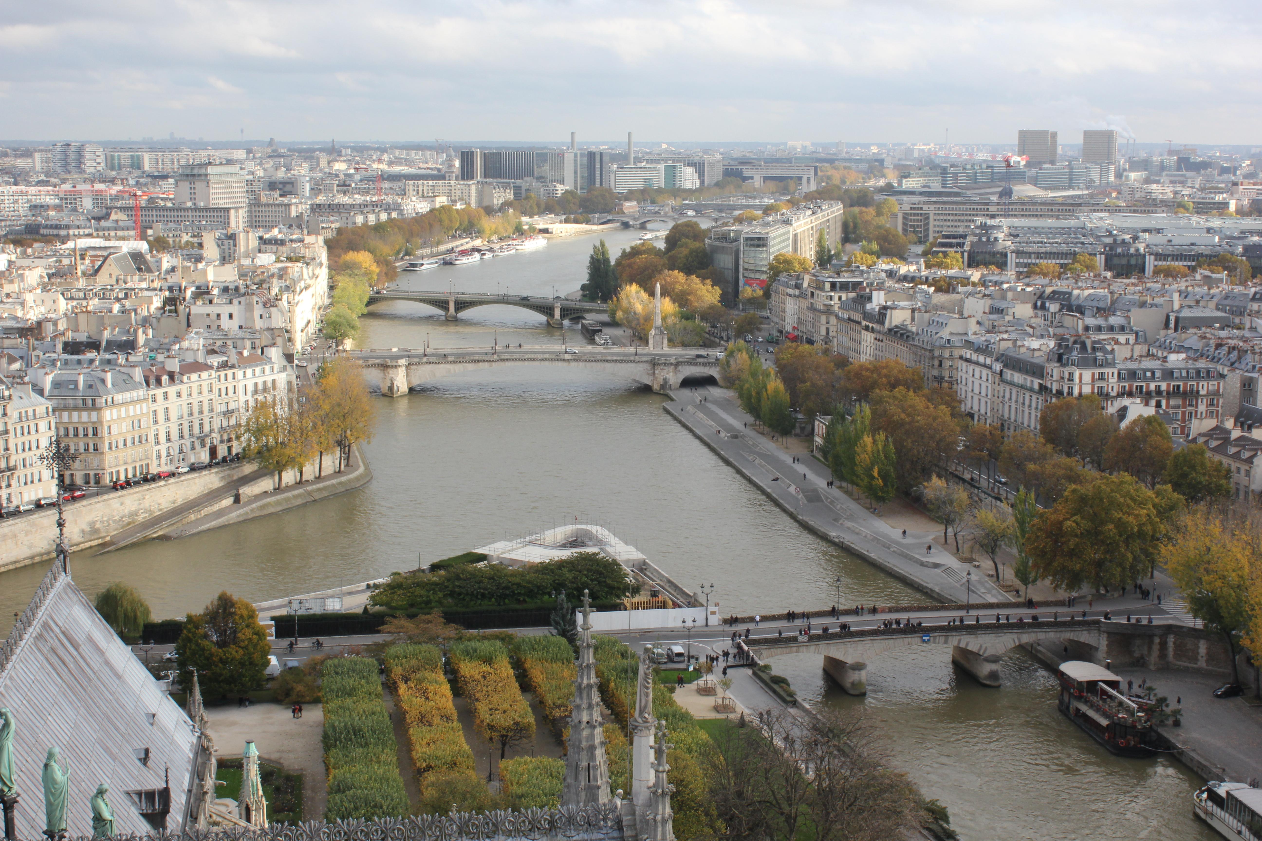 Wasser-in-Paris