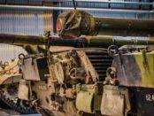 Panzer Leopard / Quelle: Pixabay, lizenzfreie Bilder, open library: https://pixabay.com/de/tank-leopard-panzer-1445505/