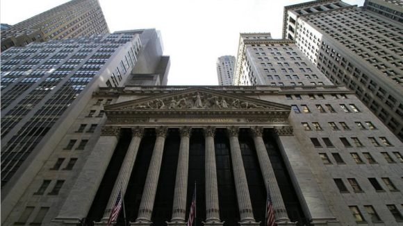 New York Stock Exchange / Quelle: Pixabay, lizenzfreie Bilder, open library: https://pixabay.com/de/wall-street-finanz-nyc-finanzen-621097/