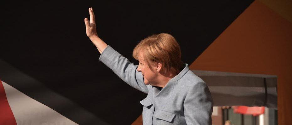 Angela Merkel / Quelle: Pixabay, lizenezfreie Bilder, open library: https://pixabay.com/de/merkel-bundeskanzlerin-angela-merkel-2906016/