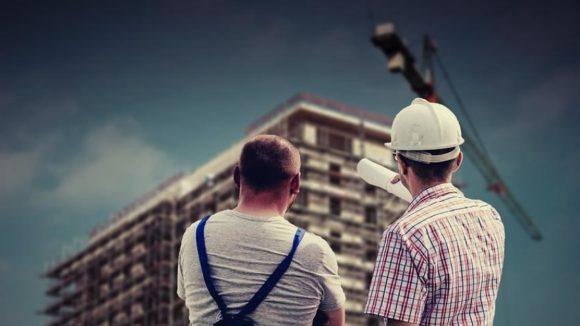 Shutdow / Arbeit am Bau / Quelle: Pixabay, lizenzfreie Bilder, open library: https://pixabay.com/de/geb%C3%A4ude-professional-mitarbeiter-2762319/