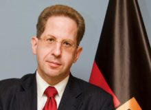Ex-Verfassungsschutzpraesident Hans-Georg Maaßen / Quelle: Wikipedia; By Bundesministerium des Innern/Sandy Thieme (Bundesministerium des Innern/Sandy Thieme) [CC BY-SA 3.0 de (https://creativecommons.org/licenses/by-sa/3.0/de/deed.en)], via Wikimedia Commons; https://commons.wikimedia.org/wiki/File:Hans-Georg_Maa%C3%9Fen_02.jpg