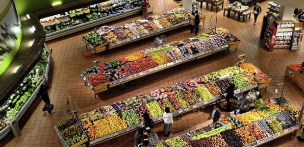 Supermarkt / Quelle: Pixabay, lizenezfreie Bilder, open library: https://pixabay.com/de/supermarkt-st%C3%A4nde-k%C3%BChler-markt-949913/