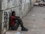 Armut in Afrika / Quelle: Pixabay, lizenezfreie Bilder, open library: https://pixabay.com/de/photos/armut-arme-schwarz-afrikaner-509601/