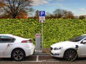 Elektroauto / Lithium / Rohstofffe / Quelle: Pixabay, lizenezfreie Bilder, open library: https://pixabay.com/de/photos/elektroauto-hybrid-auto-aufladen-2783573/Joenomias