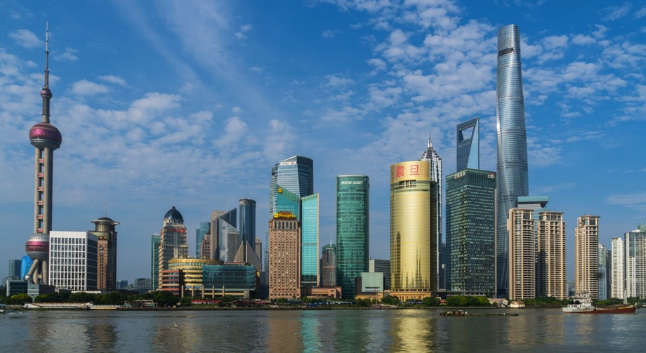 Shanghai / Quelle: Pixabay, lizenezfreie Bilder, open library: steven_yu; https://pixabay.com/de/photos/shanghai-bund-china-stadt-1484452/
