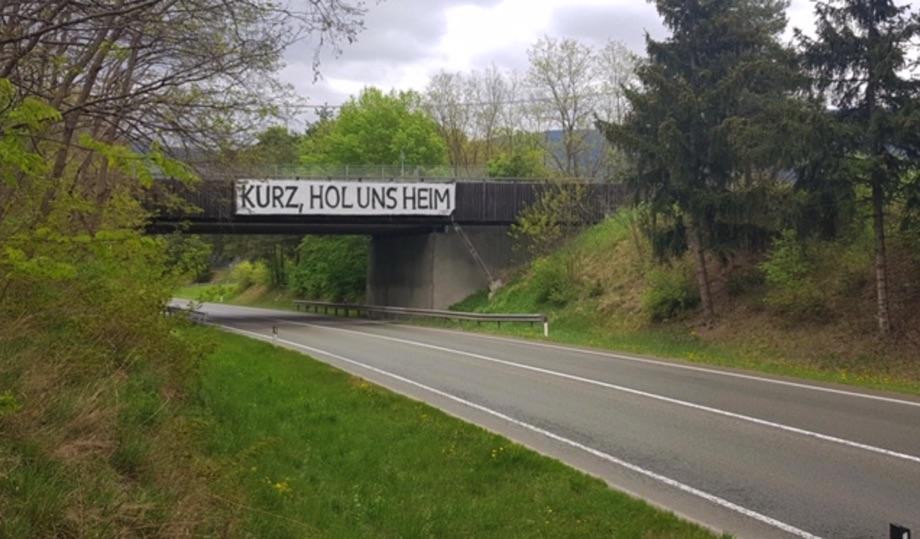 "Protest in Suedtirol: ""Kurz hol uns heim"" © Reynke de Vos"
