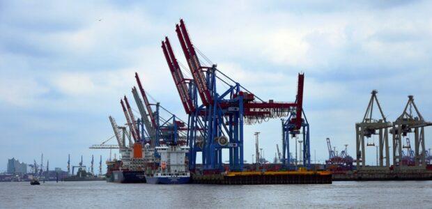 Wirtschaft Hafen Export / Quielle: Pixabay, lizenezfreie Bilder, open library: https://pixabay.com/de/photos/kran-kr%C3%A4ne-hafen-hamburg-baustelle-1764424/