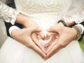 Hochzeit / Quelle: Pixabay, lizenzfreie Bilder, open library; Takmeomeo: https://pixabay.com/de/photos/herz-hochzeit-ehe-h%C3%A4nde-romantisch-529607/