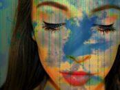 Je größer und komplexer ein Unternehmen ist, desto eher tendiert es zu Individuallösungen! / Quelle: Pixabay, lizenzfreie Bilder, open library; tweetyspics: https://pixabay.com/de/photos/digitaltechnik-popart-tapete-matrix-3444319/
