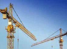 Wirtschaftskrise / Quelle: Pixabay, lizenzfreie Bilder, open library: analogicus; https://pixabay.com/de/photos/baukran-kran-metall-ausleger-zwei-3703469/