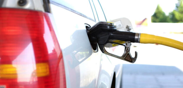 Inflation / Ölpreis / Benzin und Diesel / Quelle: Pixabay, lizenzfreie Bilder, open library: Andreas 160578: https://pixabay.com/de/photos/tanken-tankstelle-zapfs%C3%A4ule-benzin-2157211/
